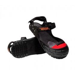 Svečio batai su apsaugine nosele ir pilnu padu